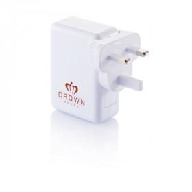 Adaptateur de voyage avec 4 ports USB BRUNEHAMEL